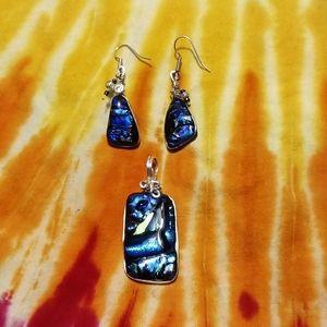 Beautiful glass earring and pendant set